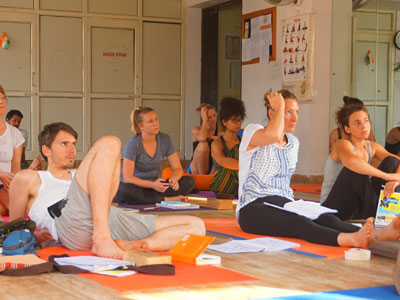 Yoga Teache Ttraining